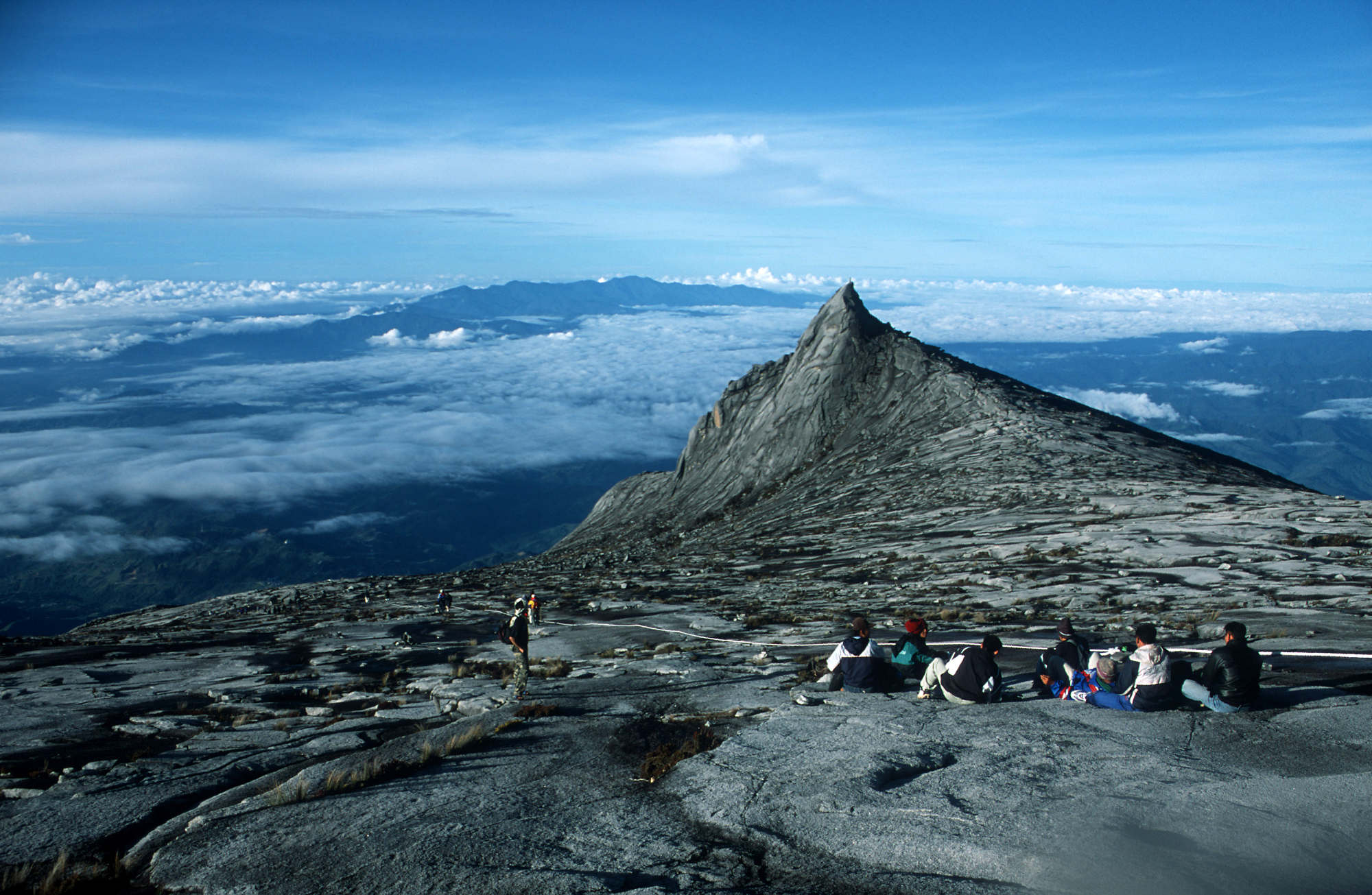 how to get to mount kinabalu